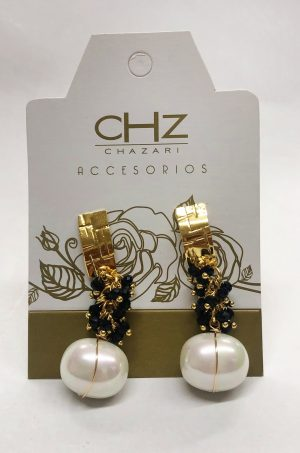 Arete-con-cristales-y-perlas-Chazari-CHZ235negro